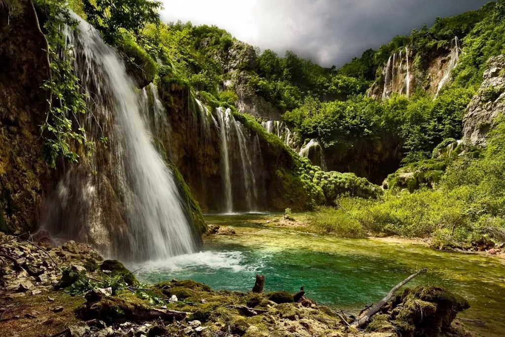 Waterfalls at Plitvice Lakes (Plitvice National Park)